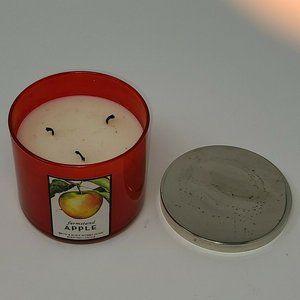 Bath & Body Works FARMSTAND APPLE 14.5 oz Candle